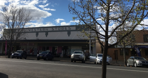 The Western Stores, Molong